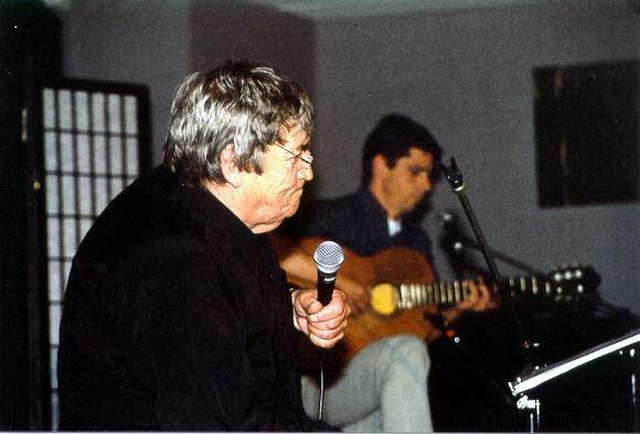 2002_04_27_07_Maurice Olls